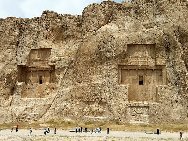 iran_persopolis_groby_nekropolia_Naqsz-e Rostam_fot_krzysztofmatys